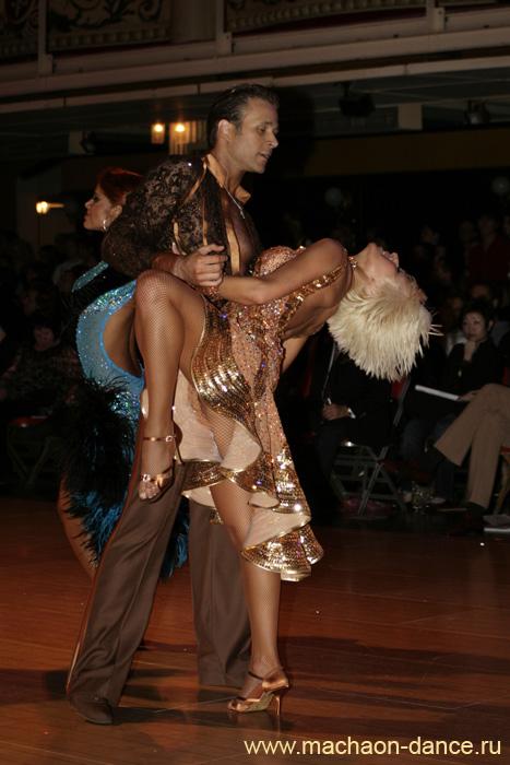 Фотки с бальных танцев голые считаю